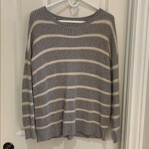 Promesa Gray & Cream sweater size m/l
